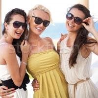 Модные солнцезащитные очки лета 2014
