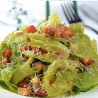 Вкусные и полезные салаты, приготовленные «на скорую руку»
