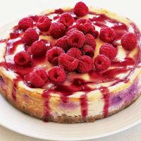 Пирожки и пироги с малиной