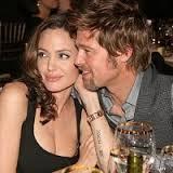 Анджелина Джоли и Брэд Питт связали себя брачными узами